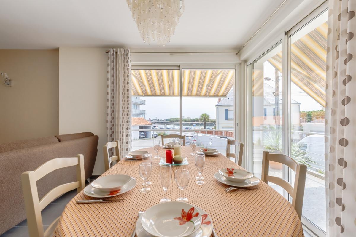 Pièce de vie - coin salon  - Location de vacances - Saint Gilles Croix de Vie