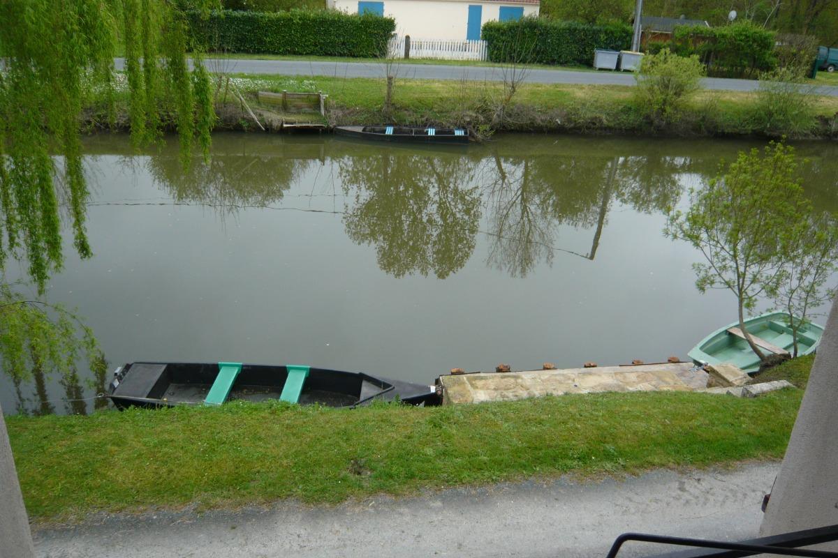 Canal - Location de vacances - Damvix