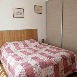 Chambre lit en 160 - Location de vacances - Les Sables-d'Olonne