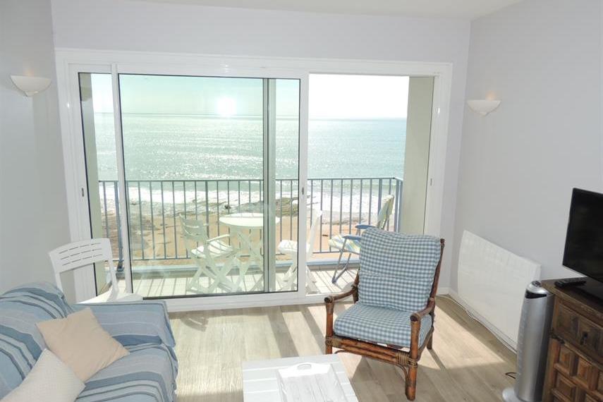 séjour-salon sur balcon vue océan  - Location de vacances - Les Sables-d'Olonne
