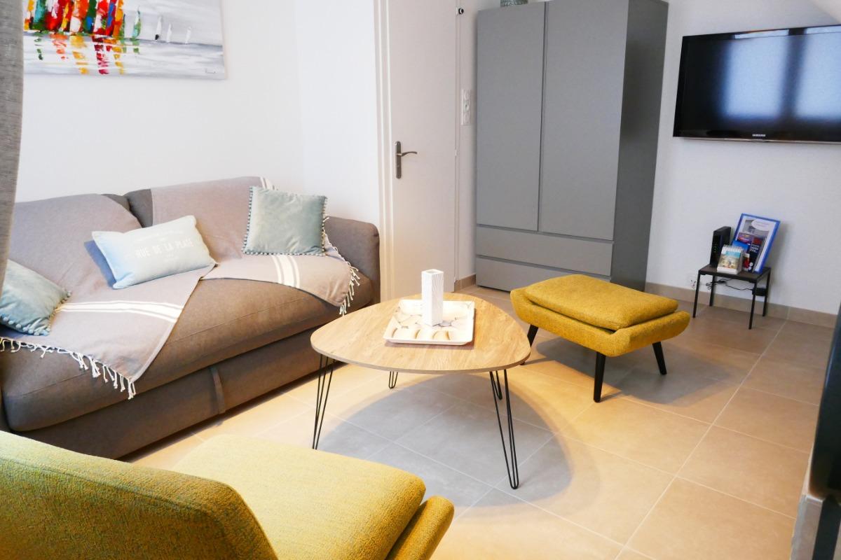 Salon : rez-de-chaussée - Location de vacances - Les Sables-d'Olonne