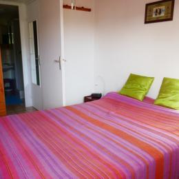 Mezzanine avec 2 lits en 90 - Location de vacances - Barbâtre