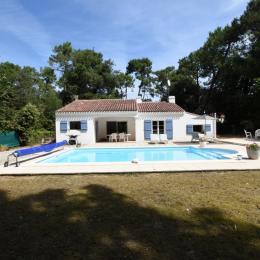 Jardin avec piscine et table de ping pong - Location de vacances - Jard sur Mer