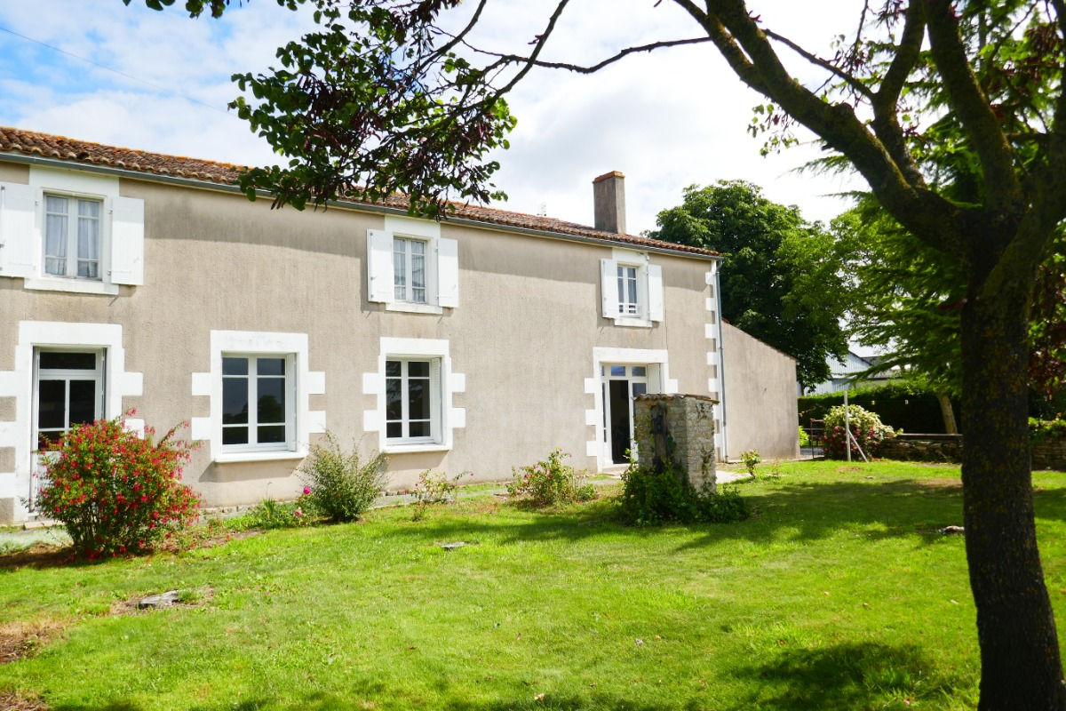 Maison dans le Marais Poitevin - Location de vacances - Maillé