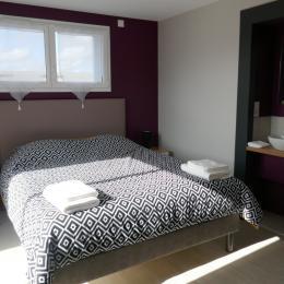 Chambre lit en 160 au niveau 1 - Location de vacances - Saint Fulgent