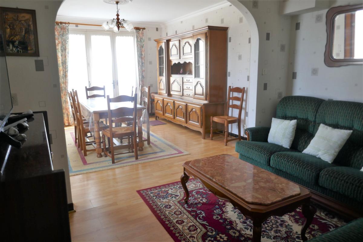 Pièce de vie : salon /salle à manger - Location de vacances - Saint Michel en l'Herm