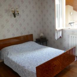 Chambre 1 : un lit en 140 - Location de vacances - Saint Michel en l'Herm