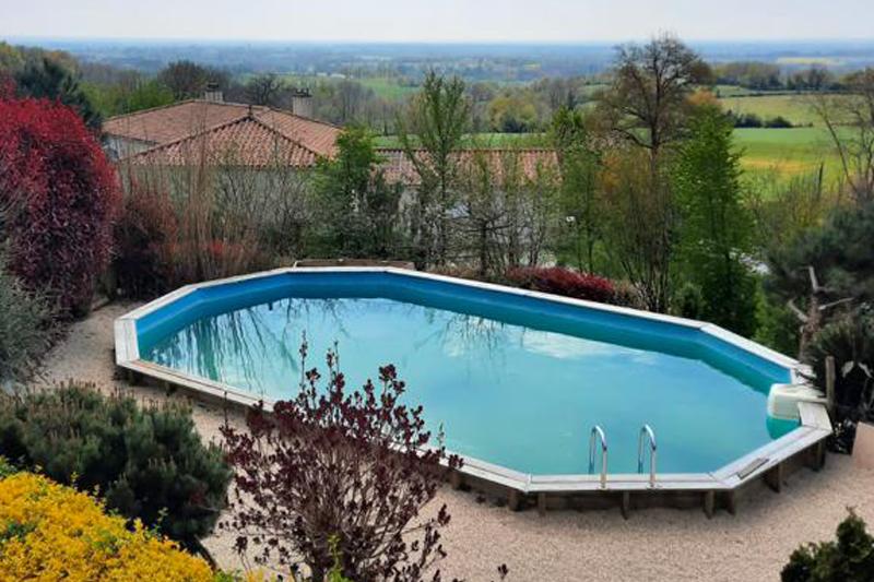 Piscine - Location de vacances - Sèvremont