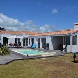 Maison avec piscine - Location de vacances - Barbâtre