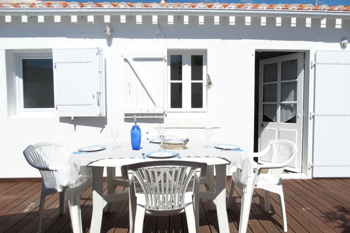 Coin salon dans le séjour - Location de vacances - Saint Gilles Croix de Vie