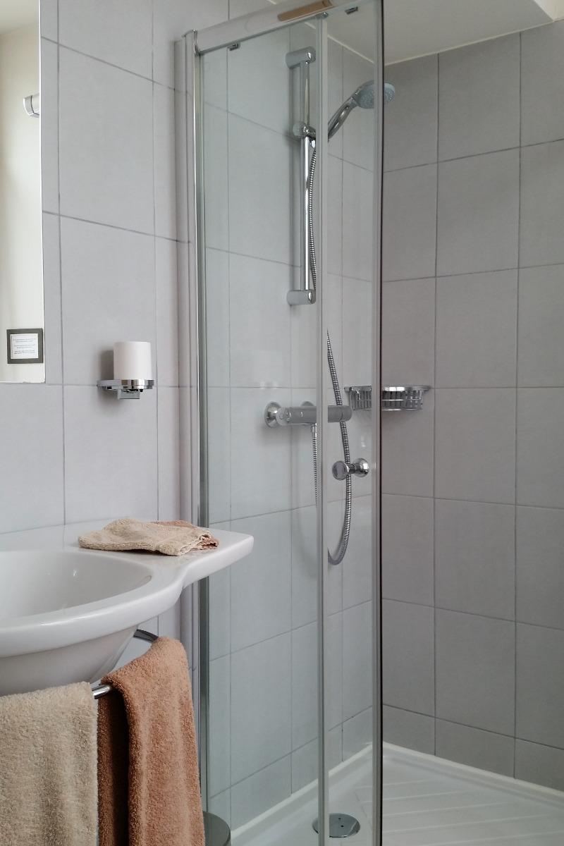 Chambre Côté Clain - Salle de bain - Chambre d'hôtes - Poitiers