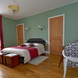 Chambre Côté Clain, élégante et spacieuse - Chambre d'hôte - Poitiers