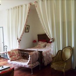 - Chambre d'hôtes - Marnay