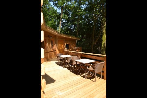 Lodge Bohème - Terrasse - Location de vacances - Magné