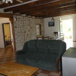 Grande cuisine, pièce à vivre - Location de vacances - Maisonnais-sur-Tardoire