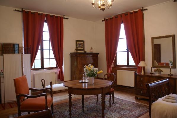 Chambre d'hôtes - Abbaye Autrey - Espace salon chambre - Chambre d'hôtes - Autrey