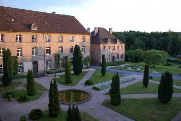 Chambre d'hôtes - Abbaye Autrey - Cours - Chambre d'hôtes - Autrey