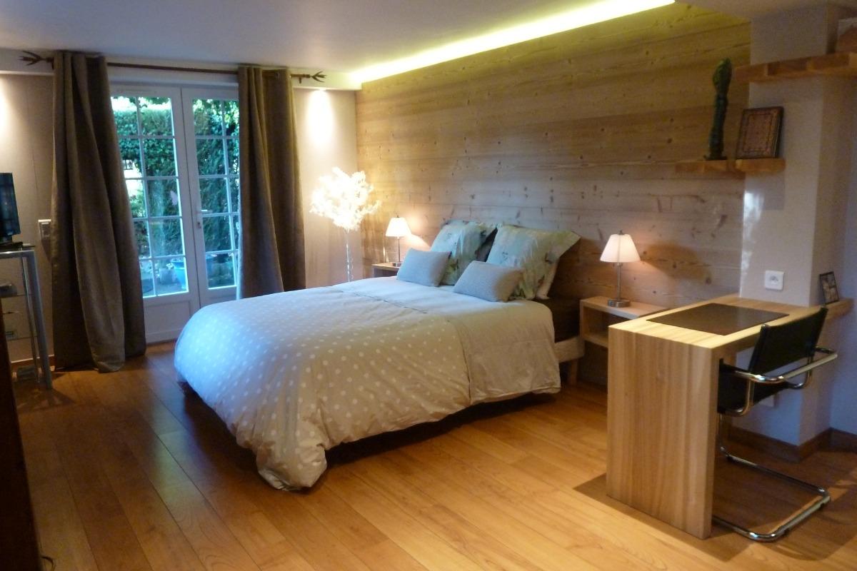 Chambre spacieuse - Chambre d'hôtes - Saint-Dié-des-Vosges