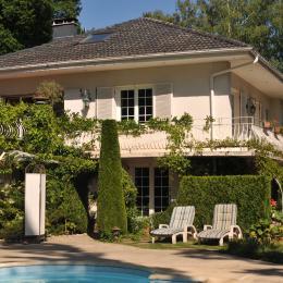 Maison et entrée chambre RDJ - Chambre d'hôtes - Saint-Dié-des-Vosges