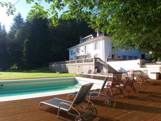 Piscine 14 m - Villa Mon Coeur - Chambre d'hôtes - Remiremont