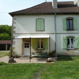 Jardin et espace détente Cottage de la Manufacture Royale de Bains - Location de vacances - Bains-les-Bains