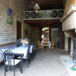 Cheminée espace cuisine de la Manufacture Royale de Bains - Location de vacances - Bains-les-Bains