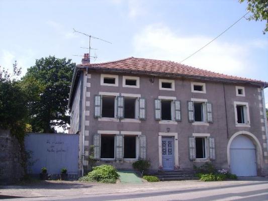 La façade - Location de vacances - Brouvelieures