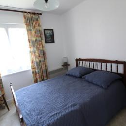 Partie Détente côté rue Châlet Magdelon Vittel 88800 - Location de vacances - Vittel