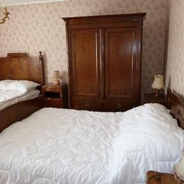 la 1ère chambre - Location de vacances - Granges-sur-Vologne