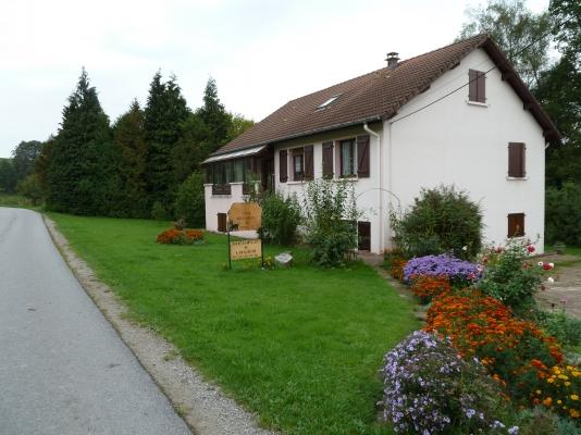 Le Gîte et son jardin - Location de vacances - La Chapelle-aux-Bois