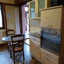 Cuisine côté four - Location de vacances - La Chapelle-aux-Bois