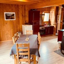 Terrasse trappe arborée donnant sur terrasse bois - Location de vacances - Xonrupt-Longemer