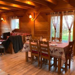 Terrasse bois sur pilotis / Accès depuis le salon - Location de vacances - Xonrupt-Longemer