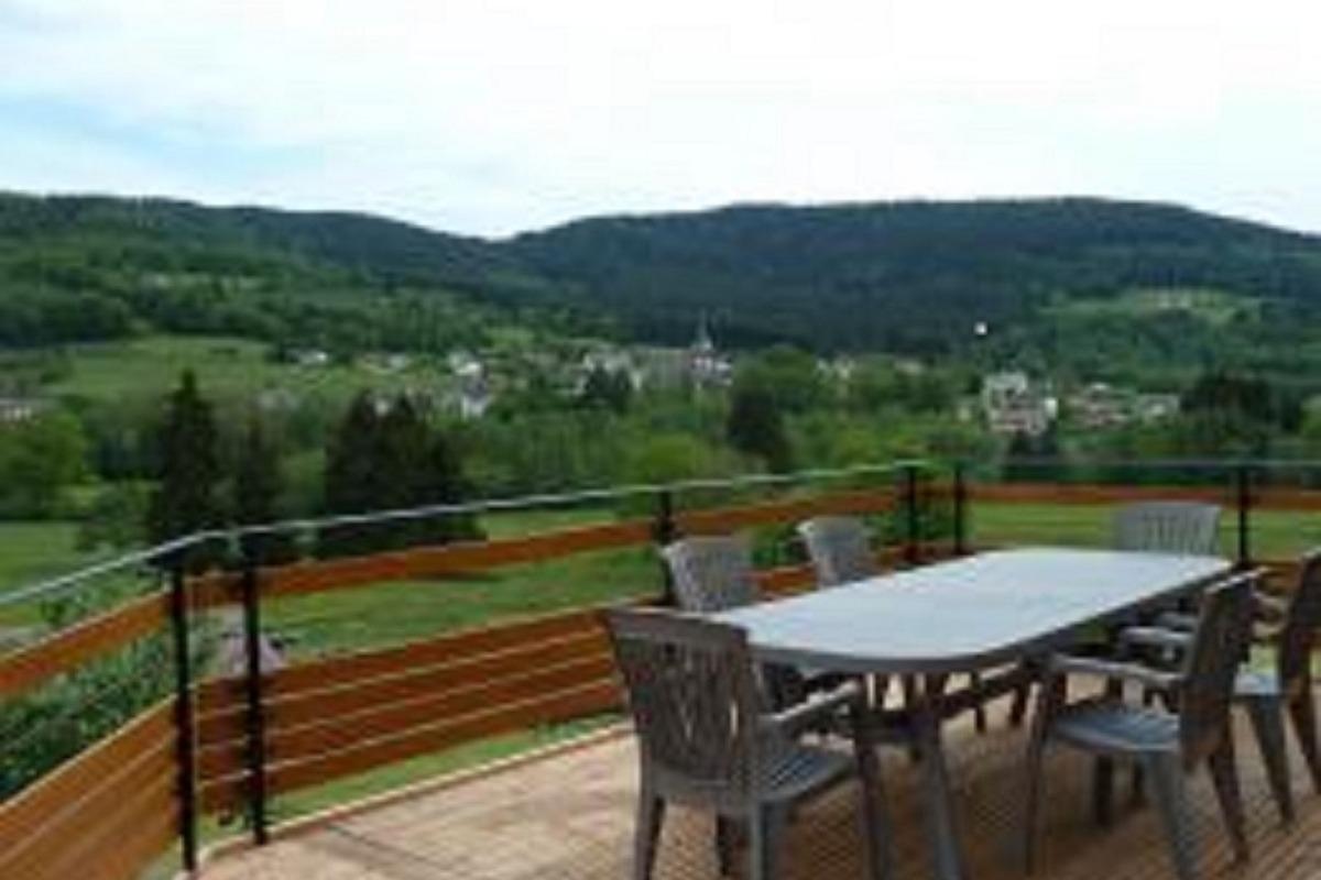 Terrasse avec vue - Location de vacances - La Forge