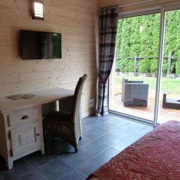 Espace bureau TV - Chambre d'hôtes - Gérardmer
