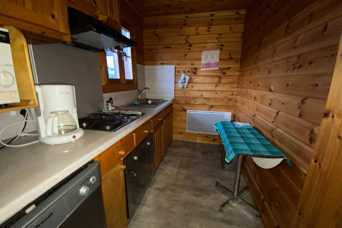 poêle à bois et espace TV - Location de vacances - Le Ménil