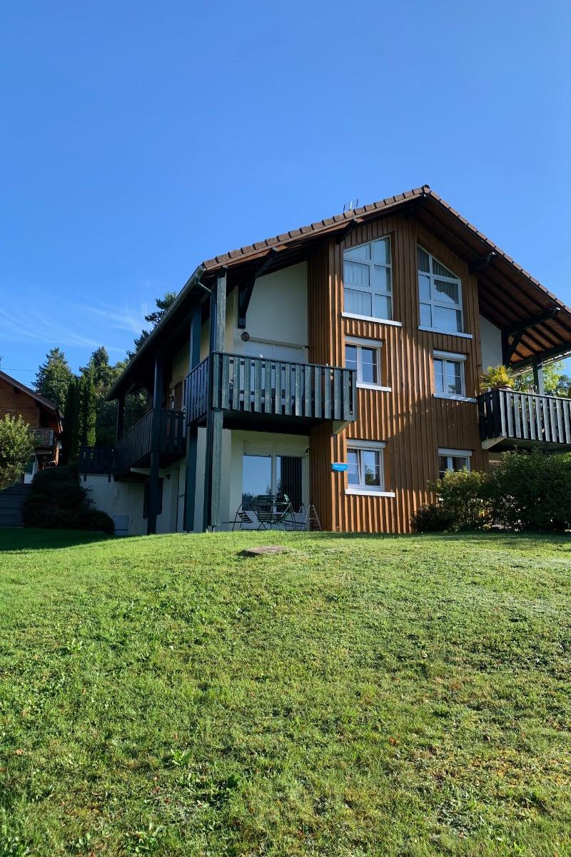 Extérieur de la résidence 'Les Rivages du Lac' - Location de vacances - Gérardmer
