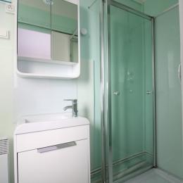 2ème salle d'eau - Location de vacances - Bains-les-Bains