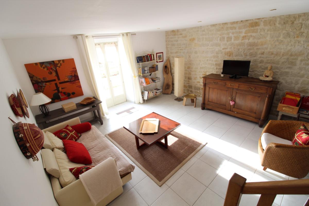 Maison de village proche Vittel et Contrexéville - Salon/Séjour TV - Location de vacances - Dombrot-le-Sec