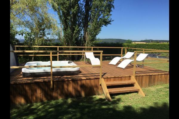 le spa extérieur - Location de vacances - Corcieux