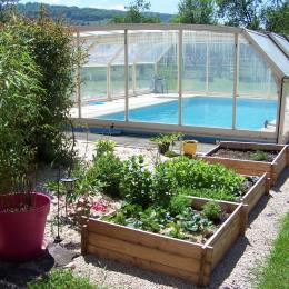 La piscine et le jardin aromatique - Location de vacances - Ban-de-Laveline