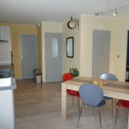 Le séjour/cuisine - Location de vacances - Ban-de-Laveline
