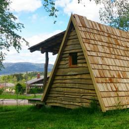 Randonneur Insolite - Camping du Mettey Vagney - Location de vacances - Vagney