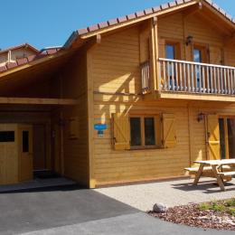 Vue extérieure sud, Sauna et Terrasse coté séjour. - Location de vacances - Xonrupt-Longemer