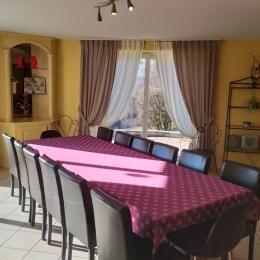 Salle à manger - Location de vacances - Saint-Étienne-lès-Remiremont