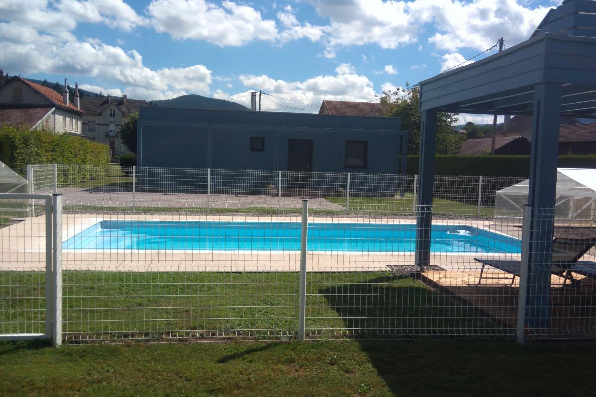 Le chalet bleu avec bain nordique et piscine vagney for Location chalet piscine vosges