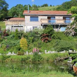 Vue dégagée sur les montagnes  depuis le balcon de la chambre - Location de vacances - La Bresse