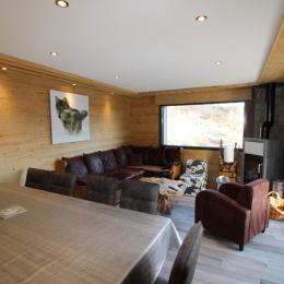Espace salon et salle à manger - Location de vacances - La Bresse