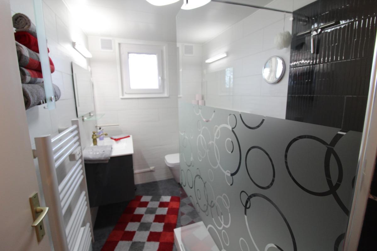 Salle d'eau - Chambre d'hôtes - Bruyères