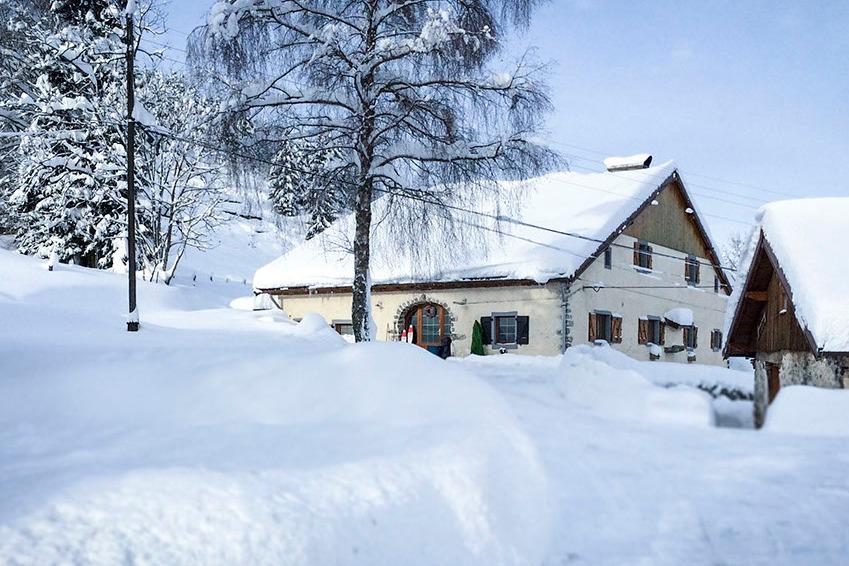 bain nordique et terrasse  - Location de vacances - Ventron